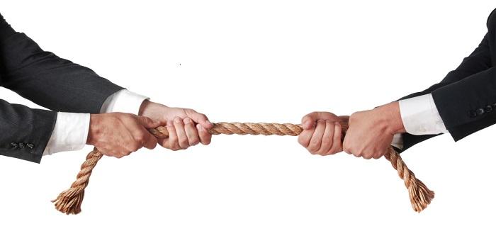 Ưu điểm và khuyết điểm khi giải quyết tranh chấp bằng hòa giải